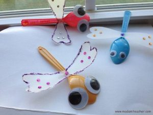 plastic-spoon-dragonfly-craft