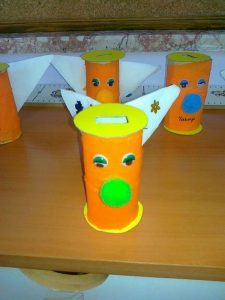 playdough-box-moneybox-craft-2