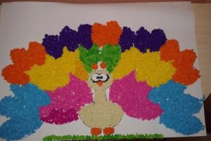 tissue-paper-peacock-crafts-4