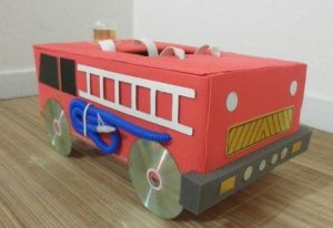 fire-truck-crafts-from-cardboard-2