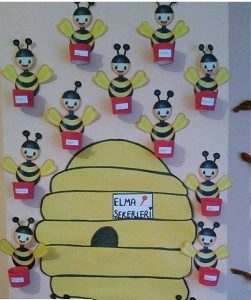 bee-door-decorations-for-kids-4