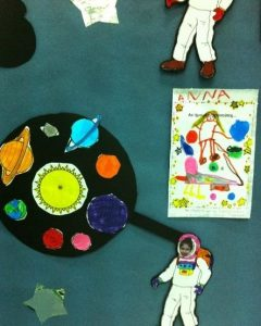 creative-preschool-astronaut-crafts-2
