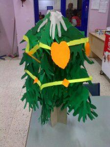 paper-christmas-tree-craft-idea
