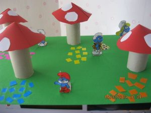 paper-roll-smurfs-craft