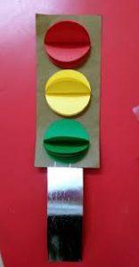 paper-traffic-light-crafts-for-kids