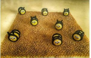 pasta-bee-craft