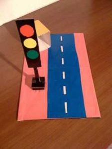 police-week-traffic-light-crafts-for-kids-1