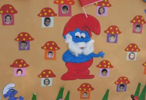 smurfs-door-decorations