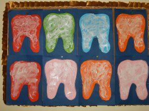 teeth-bulletin-board-idea