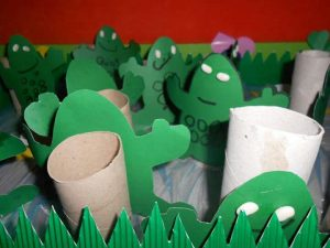 toilet-paper-roll-frog-craft-2