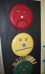 traffic-light-craft-project-for-preschool-children-1