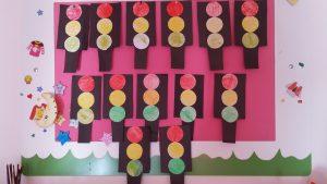 traffic-light-craft-project-for-preschool-kindergarten-2