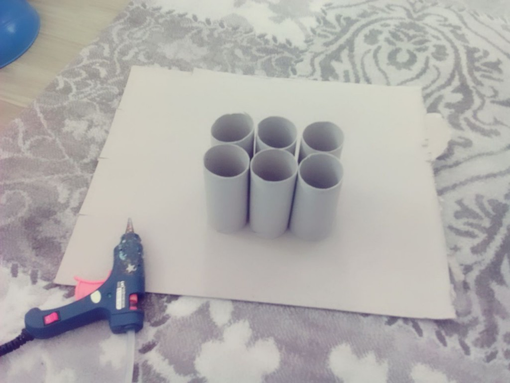 pencil_holder_made_from_toilet_rolls