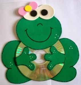 CD frog crafts