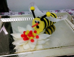 bee theme toilet roll
