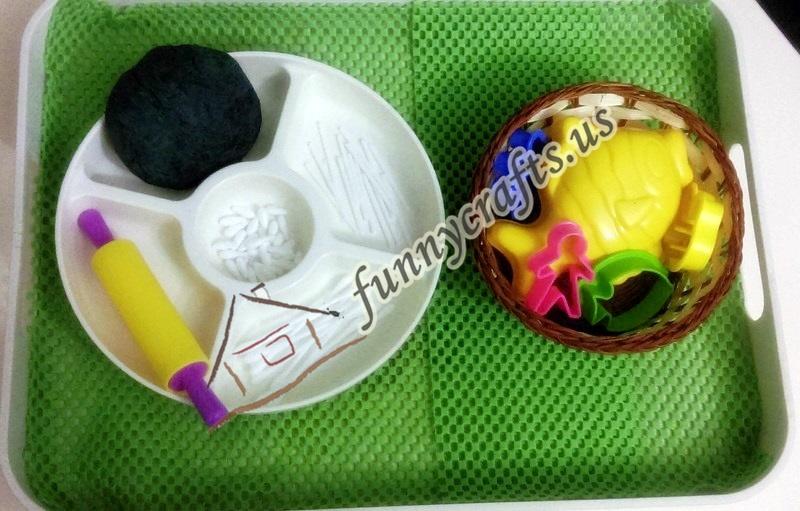 bones activities with q-tips and playdough (2)