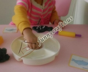 create x trays with play dough (4)