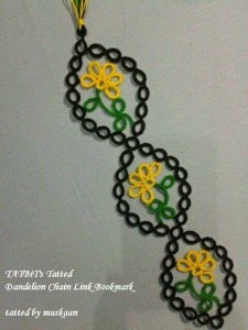 hand knitted bookmark crafts (4)