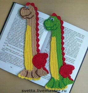 hand knitted bookmark crafts (5)