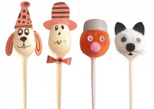 plastic spoon puppets (3)