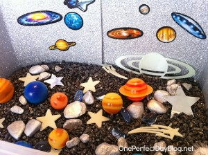 space themed sensory tub for kıds (45)