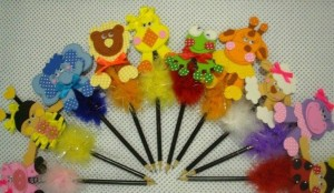 ınteresting pencil toppers you can make yourself (3)