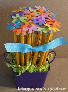 ınteresting pencil toppers you can make yourself (4)