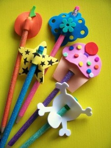ınteresting pencil toppers you can make yourself (6)