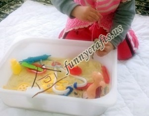 internal body parts sensory bin