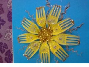 plastic fork craft ideas  (6)