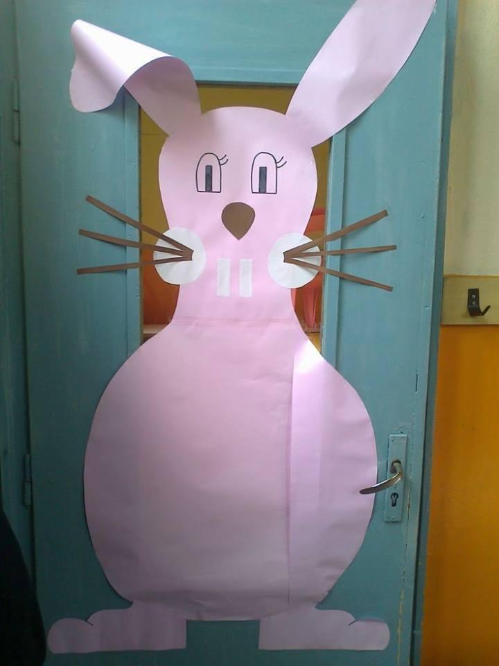 Easter Door Decoration Ideas For School Preschool 6