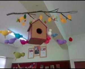 spring classroom door decorations preschool (1)