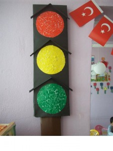 traffic lights craft preschoolers (1)