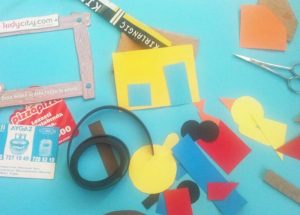 early learning with a simple magnet puzzle