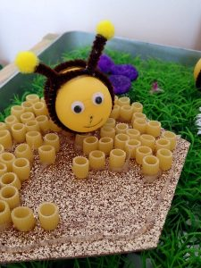 thousands of ideas about bee crafts