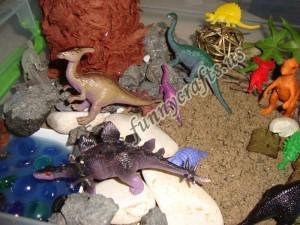 toddler dinosaur activities and sensory play