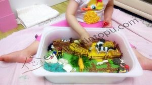ıdeas for sensory play with farm animals