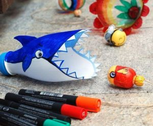 recycled ocean animals crafts (2)
