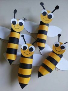 toilet paper roll bee craft