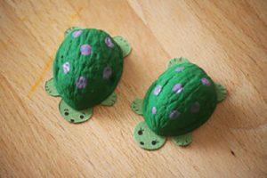 walnut shell turtles (3)