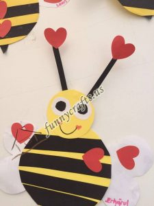 bee door decorations (1)