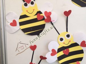bee door decorations (10)