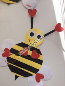 bee door decorations (11)