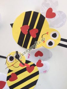 bee door decorations (12)