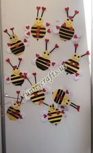 bee door decorations (4)