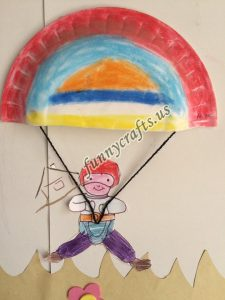 paper plate parachute craft for preschoolers (4)