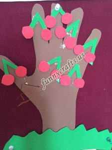 summer craft with paper
