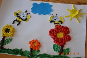 bee tissue paper art projects