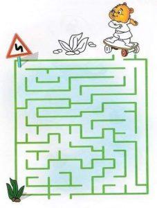 printable labyrinth maze for kids (1)
