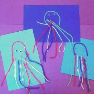 yarn jellyfish craft